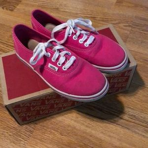 Authentic lo pro size 2 hot pink vans look new